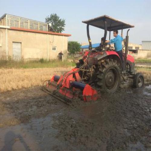 机具秸秆全量还田水耕