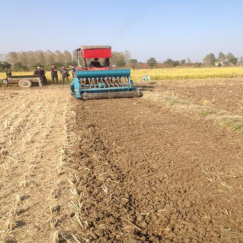 双轴旋耕施肥播种机